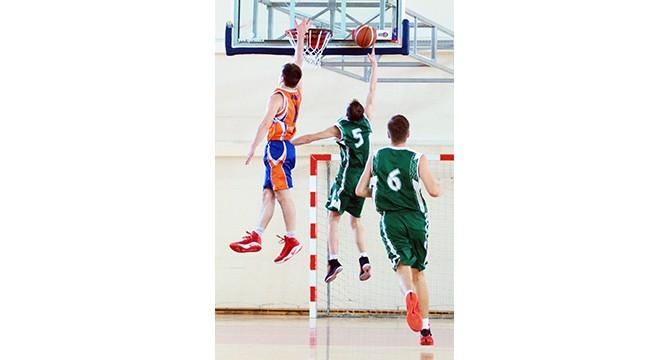 Aiškėja lyderiai ir autsaideriai rajono vyrų krepšinio pirmenybėse