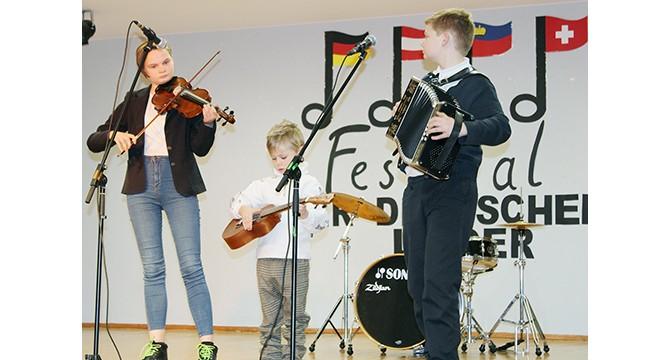 Molėtiškiai - mokinių  vokiškų dainų festivalyje  2018