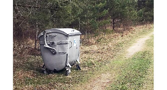 Ar tikrai kaimynai nemoka už atliekų surinkimą?